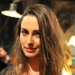 Carla Balbontín en Preciosas (Canal 13, 2016)