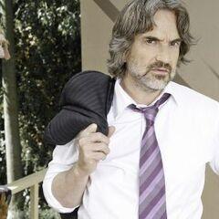 Manuel Inostroza en El Laberinto de Alicia (TVN, 2011)