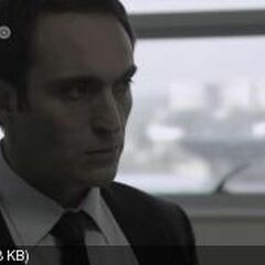 Marcos Oliva en Profugos (HBO,2011)