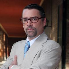 Gerardo Casanegra en Dueños del Paraíso (TVN, 2015)