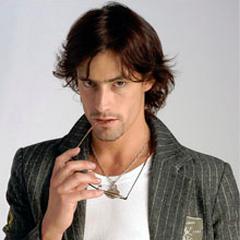Lucas Yankovic en Vivir con 10 (2007)