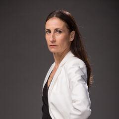 Agustina Lyon (Amparo Noguera)