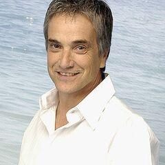 Santiago Balmaceda/Simón Diaz en Viuda Alegre (TVN, 2008)