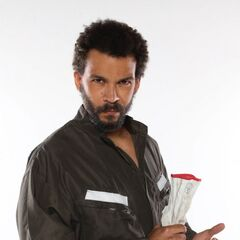 Alejandro Fajardo como <i>Claudio Baeza</i>