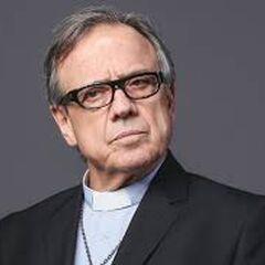 Mauricio Pesutic es Padre Amador Armijo