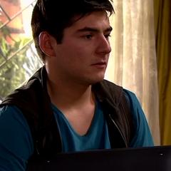 Rubén Morales en Buscando a María (Chilevisión, 2015)