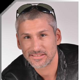 Pedro Castillo en Solamente Julia (TVN, 2013)