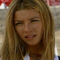 Camila Aguirre en Playa Salvaje (Canal 13, 1997)