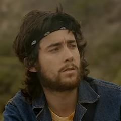 Andrés Sierralta en Hippie (Canal 13, 2004)