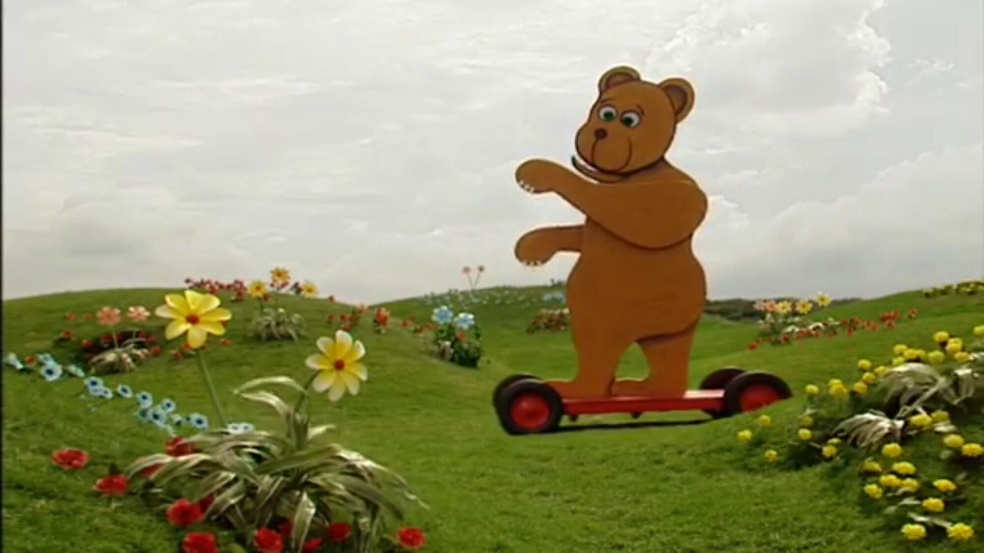 The Lion And Bear Teletubbies Wiki Fandom Powered By Wikia