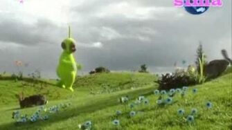 Teletubbies Dipsy Goes For A Walk