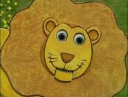 Scary Lion (Don't Look or he haunts you!)