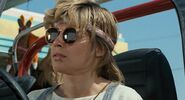 T1-sarahconnor-film-sunglasses