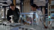 Jim and Elisabeth analysing DNA