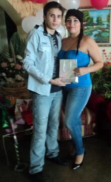Jose corderoy su hermana deglis