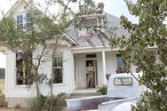 Texas-Chainsaw-3D-house