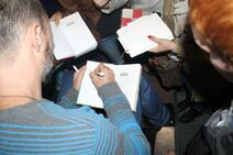Автограф-сессия с Дмитрием Емцем(2)