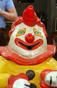 Falso burger mascot