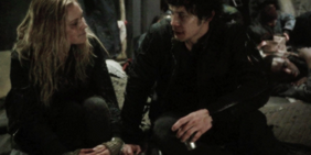 Bellarke-in-1x10-I-Am-Become-Death-the-100-tv-show-37127917-500-250