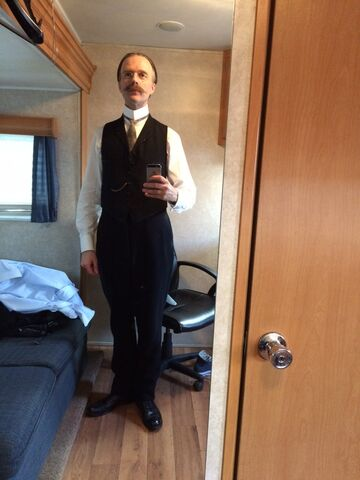 File:Alienist-BTS-09-Christopher-Naylor-Mirror.jpg
