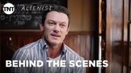 The Alienist How the Other Half Dies with Luke Evans BEHIND THE SCENES TNT