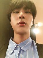 Jin Twitter Mar 31, 2018 (2)