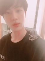 Jin Twitter November 11, 2017 (3)