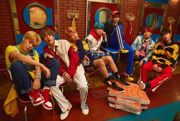 BTS_Love_Yourself_Her_E_Version.jpg
