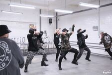 MIC Drop MV Shooting 16