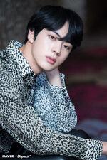Jin Naver x Dispatch May 2018 (5)