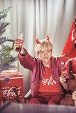 Suga Coca Cola Korea (2)