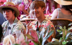 RM and Jin in Hawaii 2017 (1)
