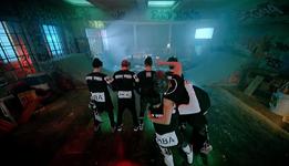 No More Dream MV (30)