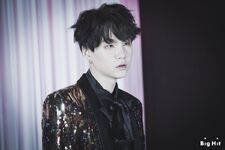Suga Wings Shoot (1)