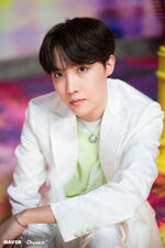J-Hope Boy With Luv Shoot (7)