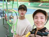 Jin and J-Hope Twitter August 22, 2017 (1)