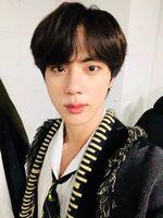 Jin Twitter Dec 25, 2018 (2)