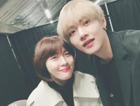 V with Ha Ji Won Twitter Dec 11, 2017