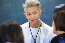 Boy In Luv MV Shooting 18