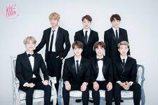 2016 BTS Festa Family Pic 4