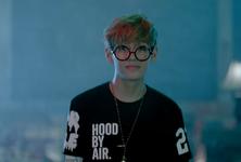 No More Dream MV (21)