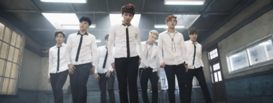 Boy In Luv MV (10)