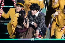 Jingle Bell Rock 2019 SBS Gayo Daejeon (2)