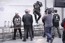 MIC Drop MV Shooting 4