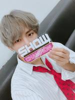 V at Show Champion 170926