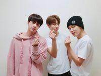 Jin, Jungkook and Jimin 170828 Weibo
