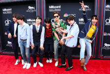 BTS Billboard Twitter May 20, 2018 (2)