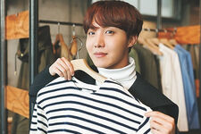 J-Hope ViVi Magazine (6)