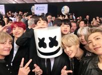 BTS and Marshmello Twitter Nov 19, 2017