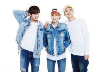 2015 BTS Festa Family Pic 10